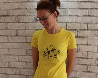 Octopus tshirt, Sea animal, cotton ,womens crew neck Tee shirt READY to SHIP tshirt size LARGE