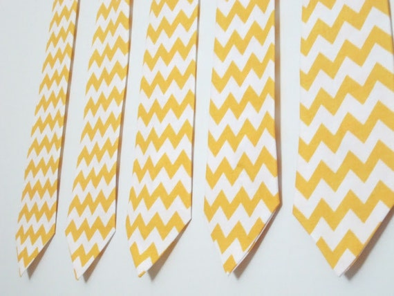 https://www.etsy.com/listing/114044868/mens-tie-necktie-in-yellow-chevron