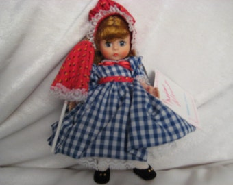 437 Bessie Brooks Madame Alexander Dolls 1988 - 1991  MIB With Tag