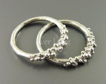 1602-MR (4 pcs) Matte rhodium plated bubbly ring pendants