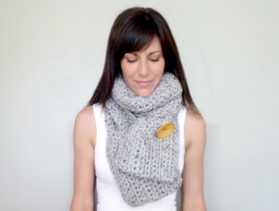 Items similar to INSTANT DOWNLOAD Pocket Scarf CROCHET ...