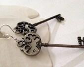 Decrotive Skeleton Key Earrings
