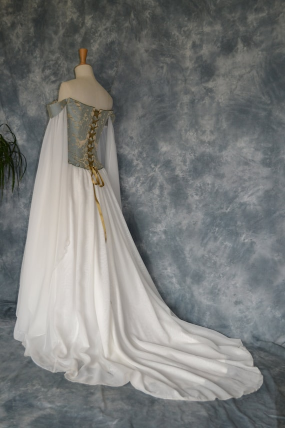 Beth a medieval elvish renaissance inspired by frockfollies for Medieval inspired wedding dresses