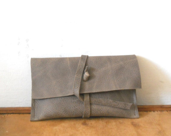 Tobacco pouch -   brown leather
