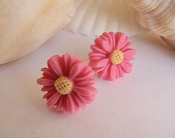 Pink Daisy Earrings, Pink Flower Earrings, Pink Earrings, Daisy, Daisies, Mums, Deep Pink, Fuchsia, Hot Pink