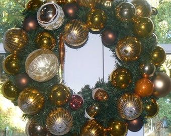 Autumn Delight Vintage Christmas Ornaments Holiday Wreath in Shades of Fall Acorns