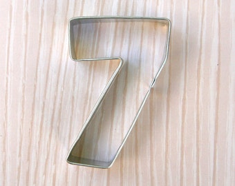 Number 7 Cookie Cutter