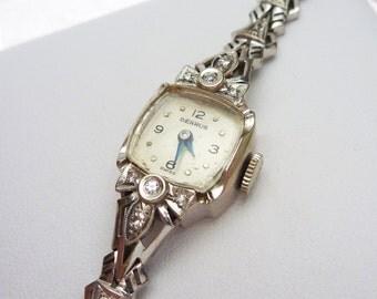 Benrus 14k and 10 pt Diamond Ladies Watch 1940s Running