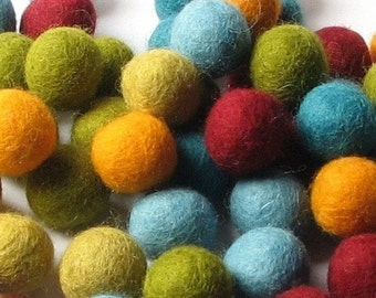 60 Hand-felted Wool Felt Balls 1 CM Scarf Mix Handbehg Felts Fiber Crafts
