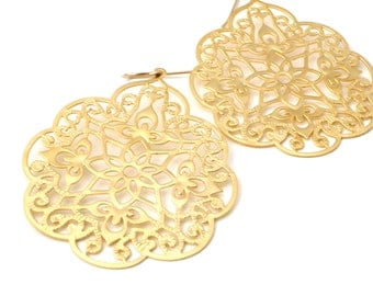 Large Gold Filigree Earrings, Large Filigree Earrings, Large Statement Earrings, Gold Lace Earrings, Gold Morrocan Earrings