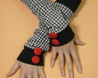 Warm Baggy Jersey Armwarmers in Black and White, Funky Houndstooth Gloves with Red Fabric covered Buttons, Fingerless