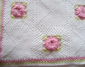 Bedspread White Cotton Hand Crocheted Pink Roses