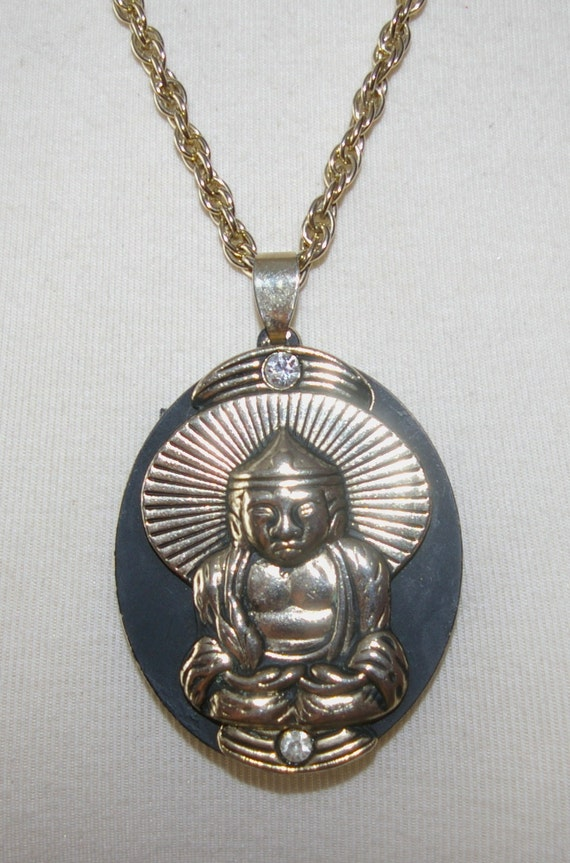 Buddah Necklace with Insert for a Photo Summer  SALE  Vintage 1980's 1990 Unisex Style
