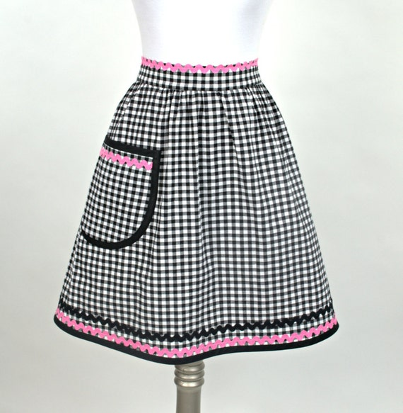 Black Gingham Check  and Pink Retro Half Apron 1950s Diner Style Apron