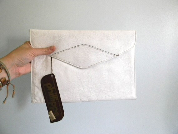 vintage. DEADSTOCK 70s Phillippe Soft White Leather Clutch / Large Clutch