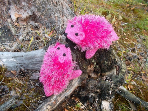 Hand Knit Hot pink  Hedgehog Mittens Gloves Children Warm Ready to ship