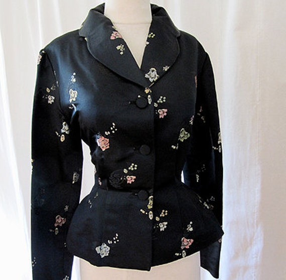Gorgeous 1950's black Asian brocade fitted jacket holiday rockabilly chic - size  Medium to Large