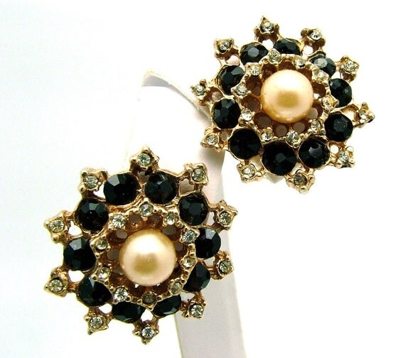 Vintage Earrings Deep Red Rhinestone with a Pearl Center Accent