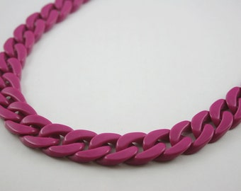 30 inch Wine Grape Purple Chunky Chain Plastic Link Necklace Craft DIY Decorations Findings. (Flat). C8