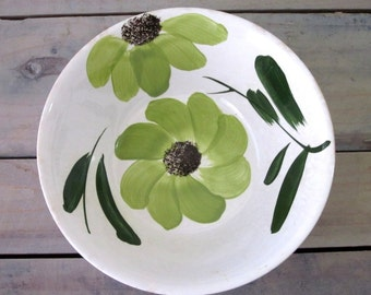 Kitchy Green Flower Bowl