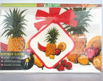 NOS terrycloth towel, apron and pot holder set. Barth and Dreyfuss, retro, gift set, house warming, hostess gift, fruit, tropical.