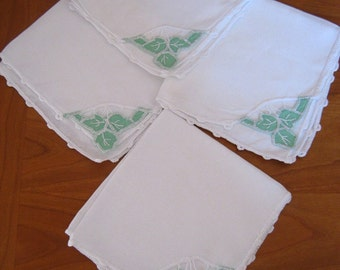 Napkins, white linen, green vintage beauties, cotton cutwork insertions, luncheon size, set of 4