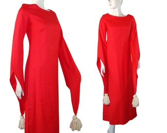 Avante Garde Vintage 1970s Saks Fifth Ave Bohemian Kimono Sleeve Christmas Red Party Dress Size 6