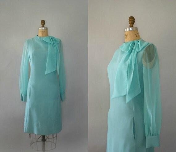 SALE   Vintage 1960s Dress - Seaglass Chiffon Shift Dress Sweet Mod Bow Tie neck - Medium