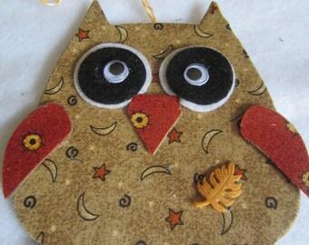 Fabric Owl Hanging- Mixed Media Art Tag-Hoot Owl Ornament-Mixed Media Decoration Ornament- Christmas Ornament-Owl Gift Tag Ornament