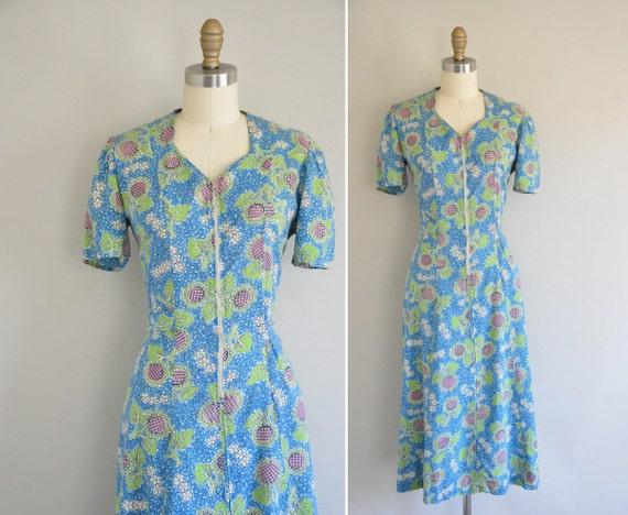 1940s cotton floral print dress / vintage 1940s dress / Your Sweetest Dreams