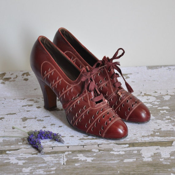 vintage rare 1930s burgundy plume Rag Time swing dancing shoes