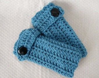 fingerless mittens  with big button Blue