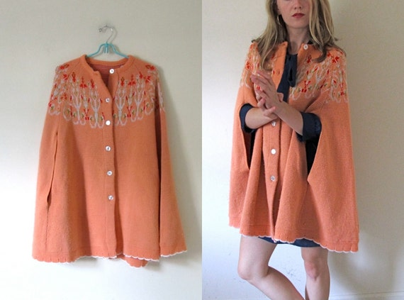 vintage 1970s Peach Knit Sweater Cape Shawl with Buttons and Folk Floral Print -- S/M/L
