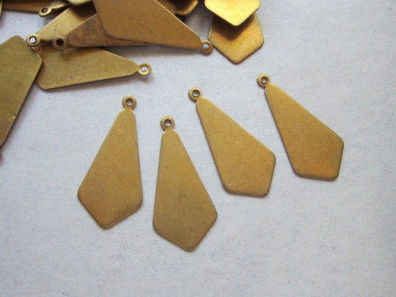 SALE - vintage brass tags - OBLONG DROPS - brass stampings - 10 pieces - 13mm x 29mm