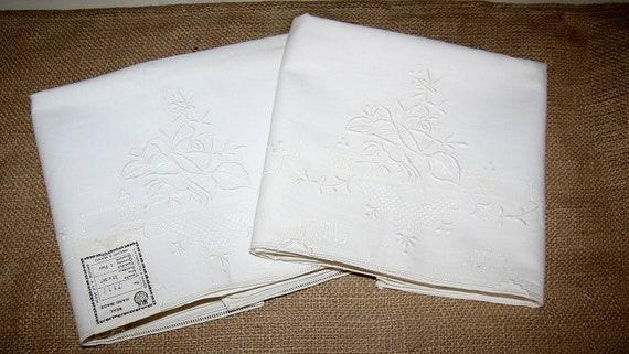 Vintage Handmade Embroidered Pillowcase Set of 2 NWT