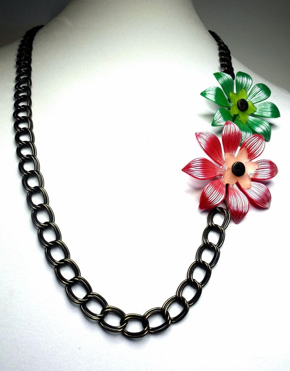 Mia Necklace--Mid Century, Vintage, Lucite, Daisies, Antiqued Brass, Chunky Chain, Retro, Pink, Green