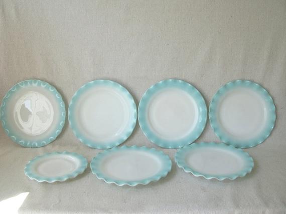 Hazel Atlas Aqua Crinoline Dinner Plates Set