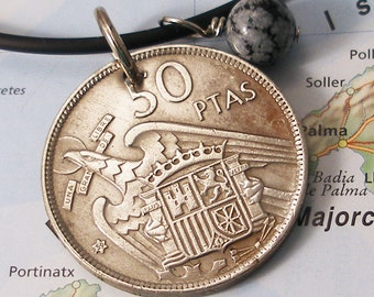 Spain, Vintage Coin Necklace - - Fly Like an Eagle - - World Travel - Espana - Europe - Large Coin - World Treasure