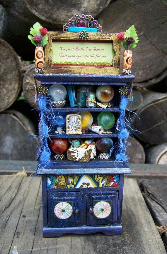 Dollhouse Miniature Fortune Teller Crystal Ball Display Cabinet 1/12 scale