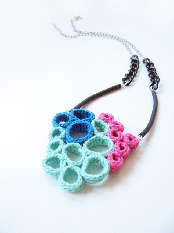 Voronoy necklace - Ocean