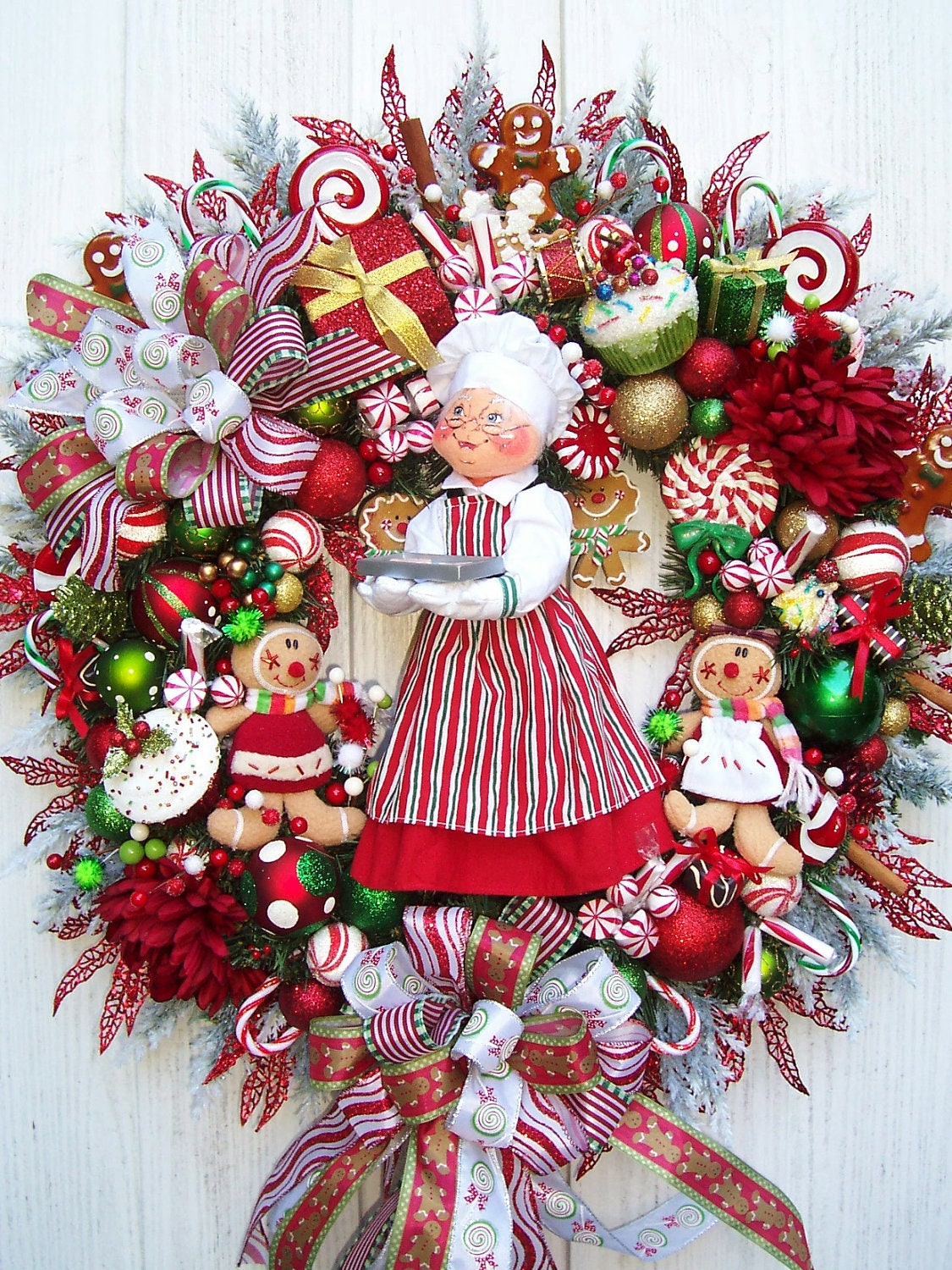 Baking Gingerbread With Mrs Clause Christmas Holiday Wreath