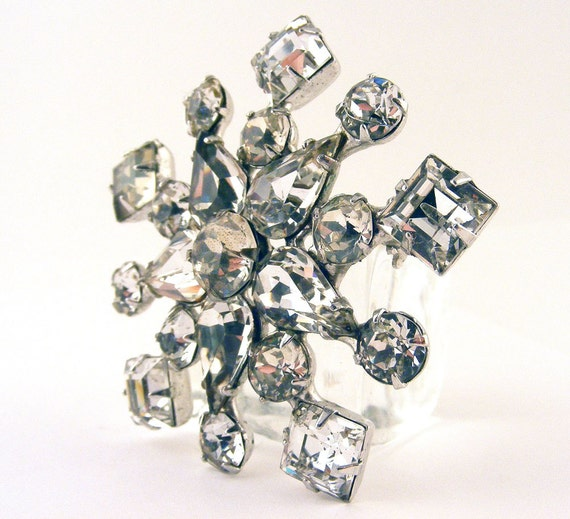 Vintage Kramer Rhinestone Snowflake Brooch Estate Jewelry Collectible Pin