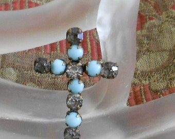 1940s Rhinestone Turquoise Stone Cross Pin