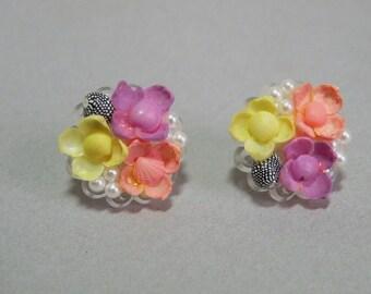 Vintage Seashell Flower Earrings