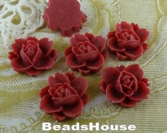 620-00-CA  6pcs Beautiful Rose Cabochon - True Red.