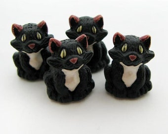 10 Large Cute Black Cat Beads