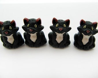 4 Large Cute Black Cat Beads - LG28