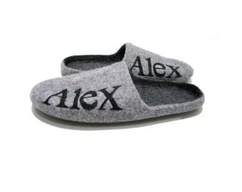 Felted slippers - felted men slippers - infoor slippers - felted natural wool slippers with initialls