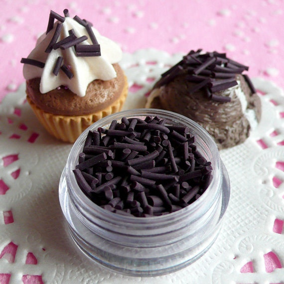 Fake Dark Chocolate Sprinkles Topping Faux Chocolate Flakes Topping Miniature Food Donut Cupcake Sweets Cookie Cell Phone Deco (2.5g) TP003