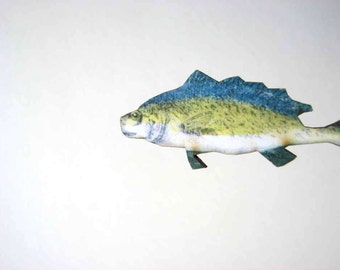 blue, geen & white fish pin brooch